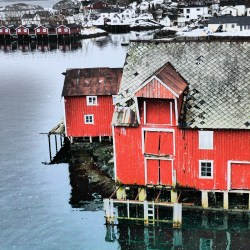 The historic remains of a traditional fishing community that today has and is undergoing large transitions (Photo: Ann Eileen Lennert):